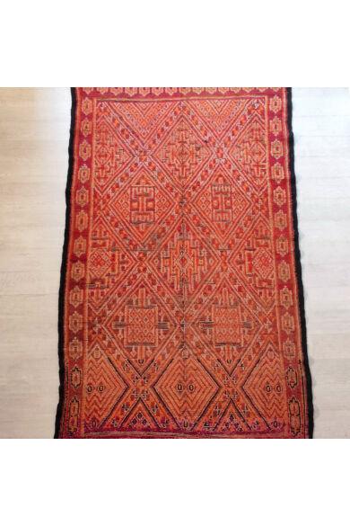 vörös-szőnyeg