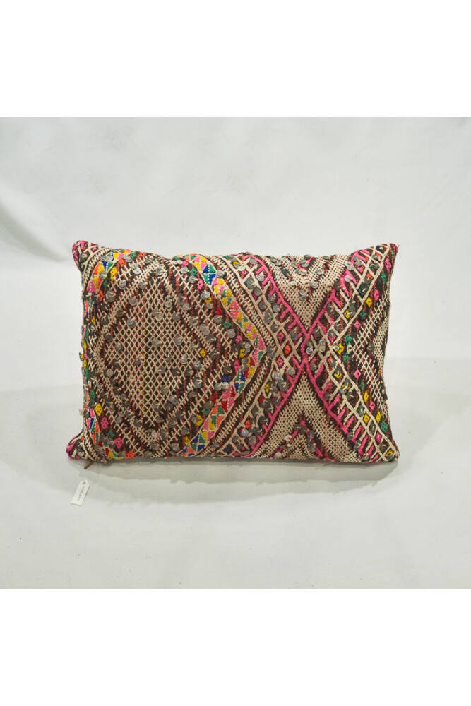 Berber kilim párna flitterrel